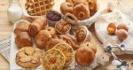 Пирожки булочки из дрожжевого теста – Выпечка из дрожжевого теста — рецепты булочек с изюмом, рулета с маком, пирожков и пиццы
