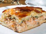 Заливной пирог с мясом и картошкой – Как приготовить вкусный заливной пирог с мясом, картошкой, ревенем, ягодами, вареньем, шпинатом, зеленым луком и яйцом? Рецепты, секреты и начинки для быстрых заливных пирогов