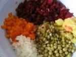 Ингредиенты для винегрета с горошком – Как приготовить классический винегрет: рецепты. Обязательный гость застолья – винегрет классический с горошком — Женское мнение