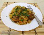 Как тушить капусту с картошкой и мясом на сковороде – Как правильно тушить капусту с мясом, с картошкой: простые и вкусные рецепты