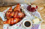 Слоеное дрожжевое тесто для круассанов – Круассаны. Базовый рецепт круассанов с пошаговыми фото. Круассаны из слоеного дрожжевого теста