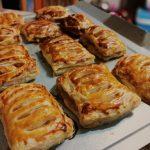 Рецепты из слоеного дрожжевого теста сладкие рецепты с фото – Выпечка и десерты с бездрожжевым слоеным тестом, 112 пошаговых рецептов с фото на сайте «Еда»